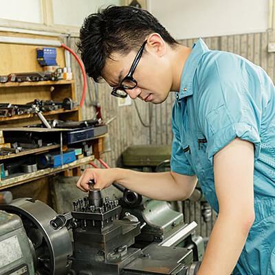 <夜勤固定>精密部品の製造業務