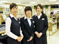 青山商事株式会社 洋服の青山 指宿店より、販売職の募集を行っております。