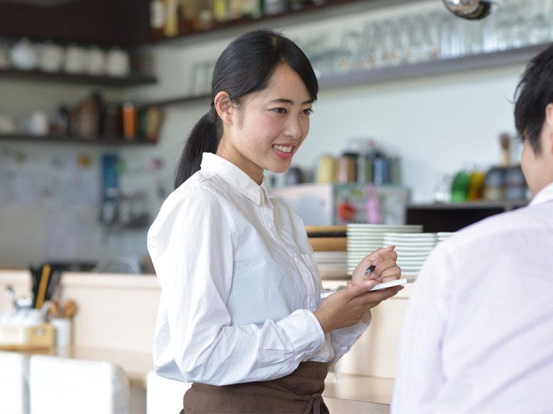 フレッシュな人気Cafeで働きませんか?