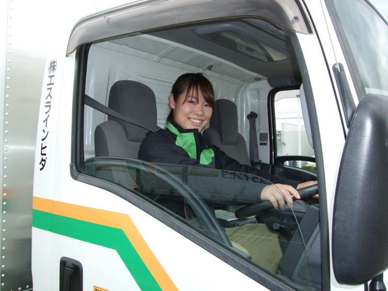 トラック運送が未経験からでも働く人多数!