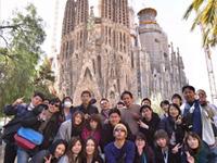 海外・国内研修も盛んに行っています!