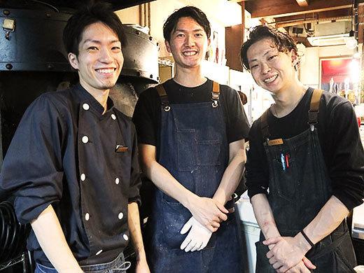 笑顔が素敵なキッチン担当のスタッフ